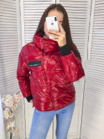 Лаковая куртка халафайбер красная DIM