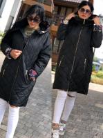 Стеганое пальто SIZE PLUS манжет цветы black KSU0297