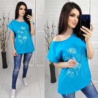 Футболка SIZE PLUS женский образ и цветы голубая IN