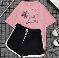 Шорты и розовая футболка just breathe D31