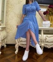 Платье миди софт верх на пуговках голубое в горох O114