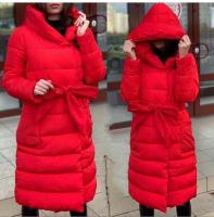 Болоневое пальто с капюшоном и пояском красное T124