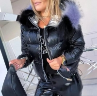 Куртка с мехом черная H109