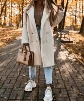 Меховое пальто молочное K115