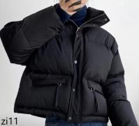 Куртка с карманами утяжка по низу черная ZI