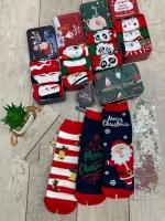 Женские новогодние носки 3 пары в железной банке V285