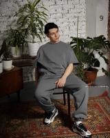 Мужской костюм футболка и брюки тем-серый D6-55