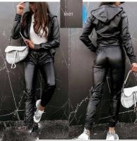 Костюм под кожу с брюками черный KH110