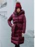 Болоневое пальто с капюшоном и пояском бордо ZI LE