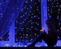Гирлянда с небьющимися лампами на окно 200х200
