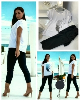 Костюм футболка перо и брюки черные KH110